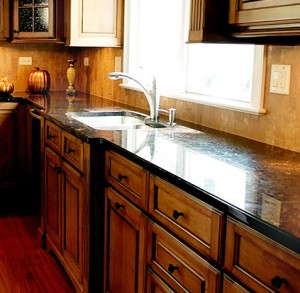brown-showcase-countertop