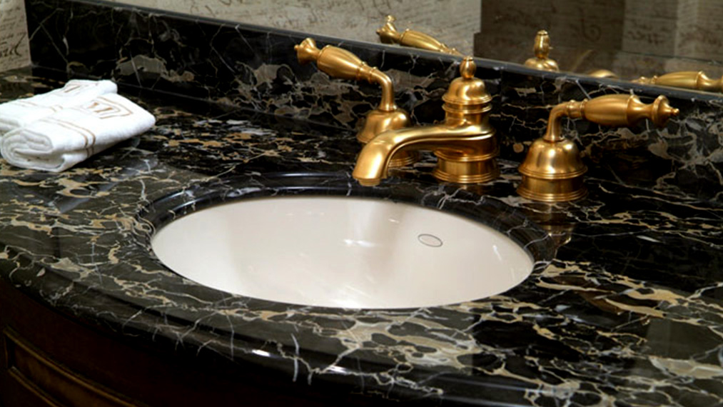 marble-sink-bathroom