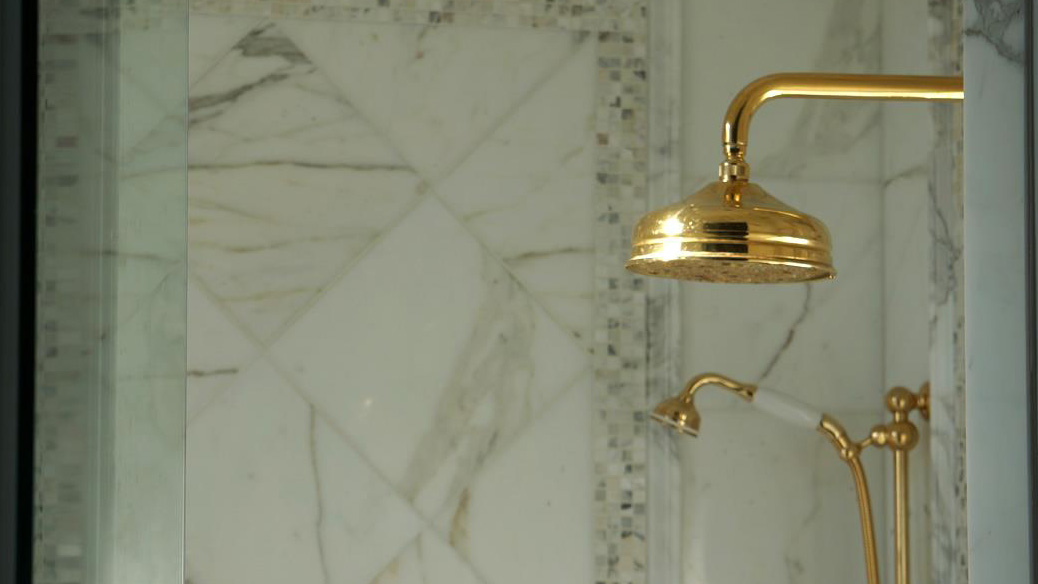 marble-tile-shower